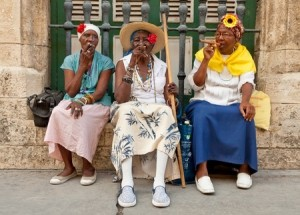 Havana_Old_Ladies_10434515_s